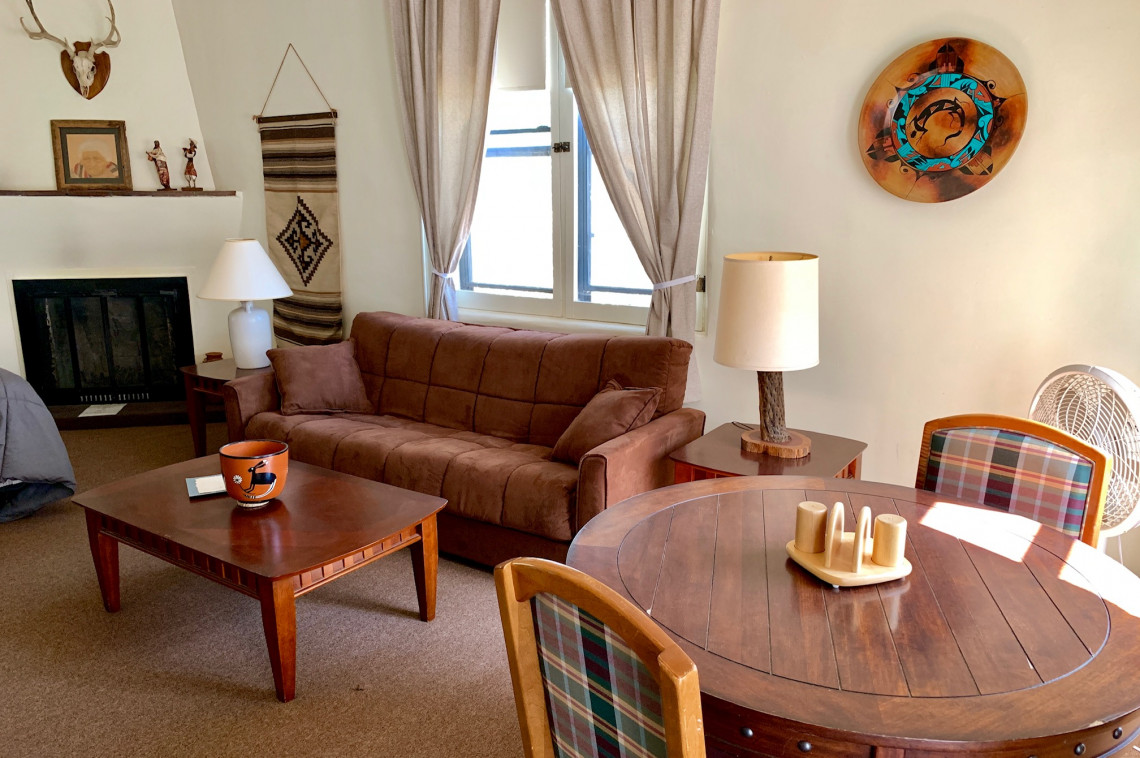 Southwest Ranch Suite2